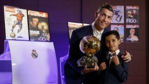 Các cầu thủ từng giành Quả Bóng Vàng châu Âu