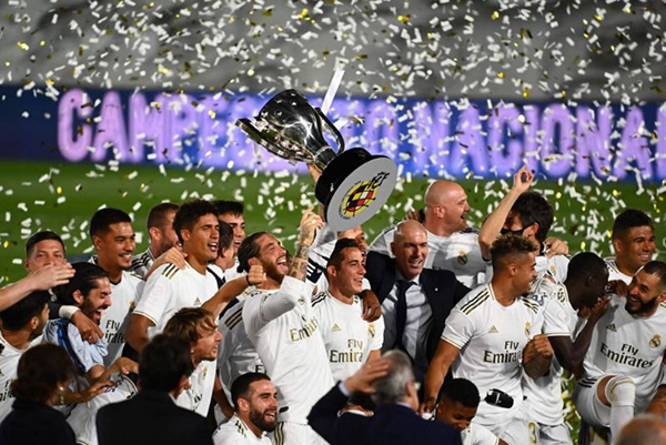 Real Madrid-voi-4-lan-vo-dich